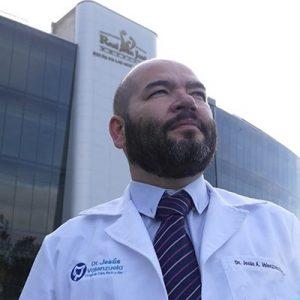 dr jesus valenzuela coloproctologo